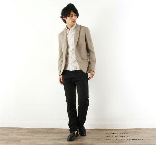 ジャケット×白シャツ×ブラックパンツ