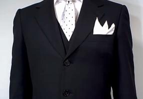 ホワイトのネクタイの画像