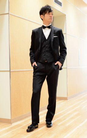 ブラックスーツ×ベスト