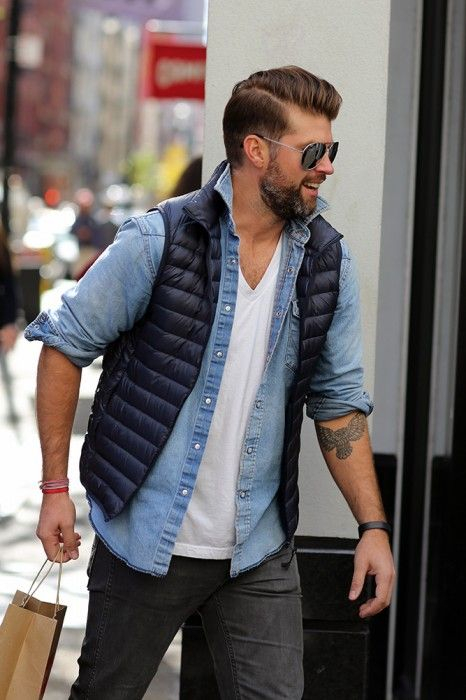 2016-02-mens-down-vest-wear15