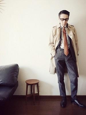トレンチコート×シャツ×スーツ×レザーシューズ