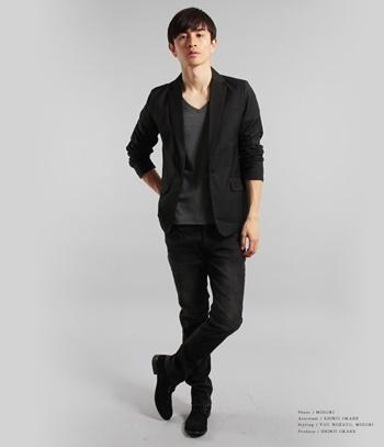 201604_black-tailored-jacket-coordinate_041