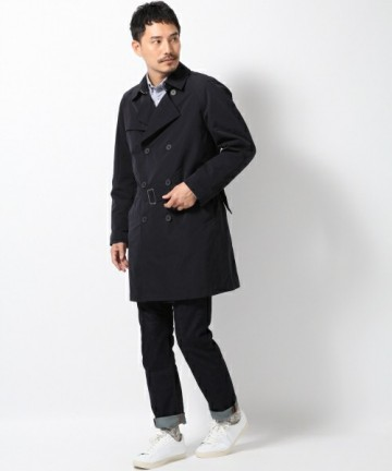 ブラックトレンチコート×シャツ×デニム