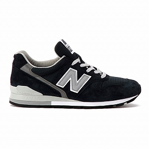 2016-4-mens-sneakers-popularity-011