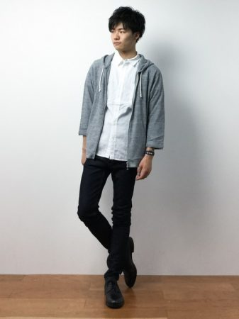 パーカー×シャツ
