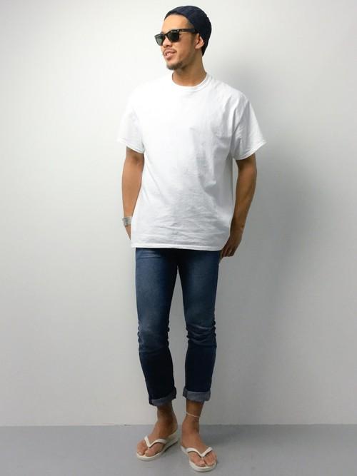 無地Tシャツ×デニム