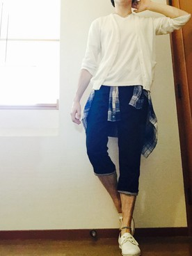 裾折り返しパンツ&ホワイトシューズ&アンクレット