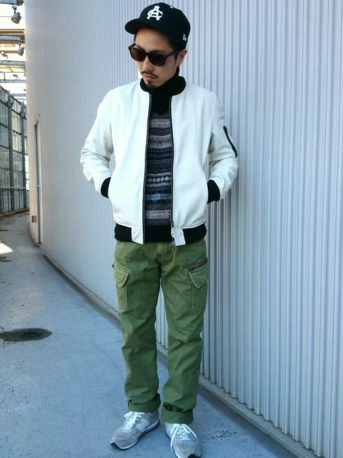 ホワイト×ジャガード×カーゴ