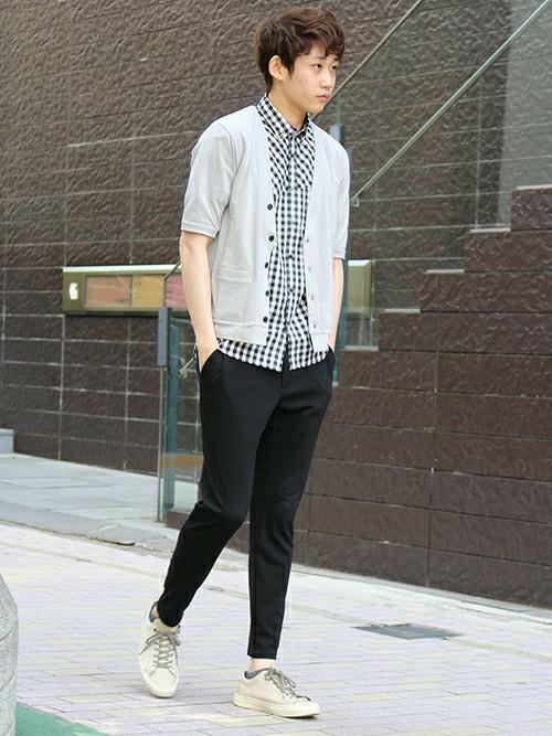 ギンガムチェックシャツ×ブラック
