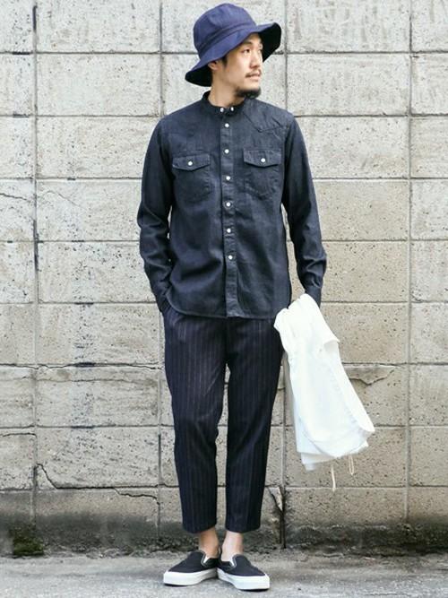 バンドカラーシャツ×ストライプシャツ
