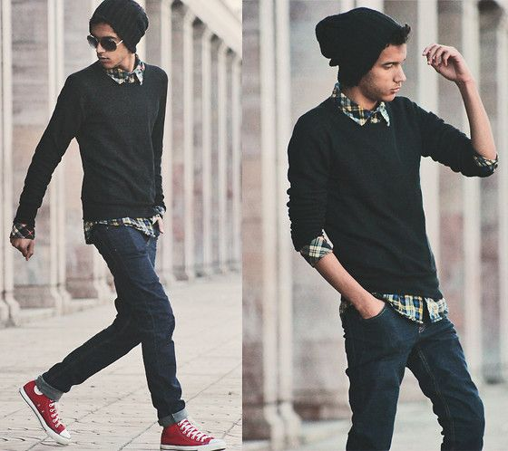 ニット×チェックシャツ×鮮色コンバース