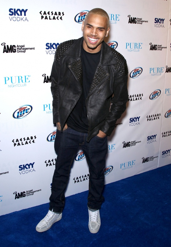chris-brown-christian-louboutin-sneakers