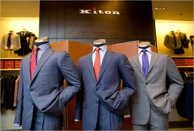 KITON(キートン) スーツ