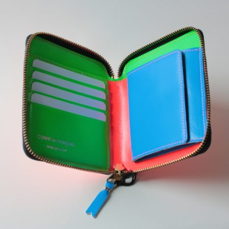 COMME des GARCONS(コムデギャルソン)二つ折り財布