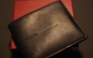 フェラガモの財布画像