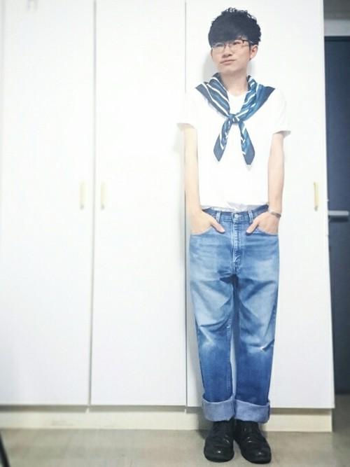 白T×デニム×スカーフ