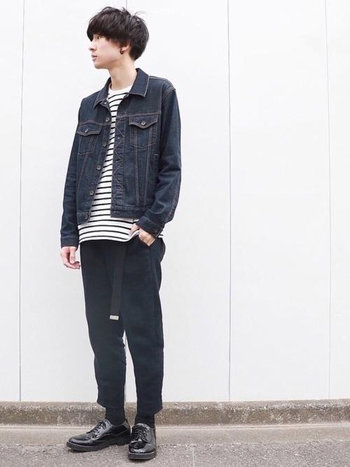 デニムジャケット×ボーダーTシャツ×ジョガーパンツ