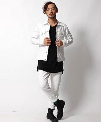 デニムジャケット×黒カットソー×白パンツ