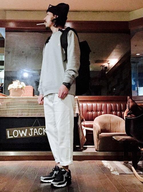 グレートレーナー×白パンツ