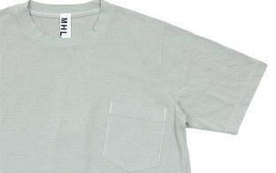 グレーTシャツ