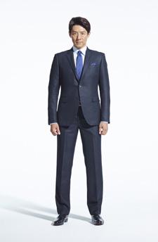 ネイビースーツ×ネイビーネクタイ