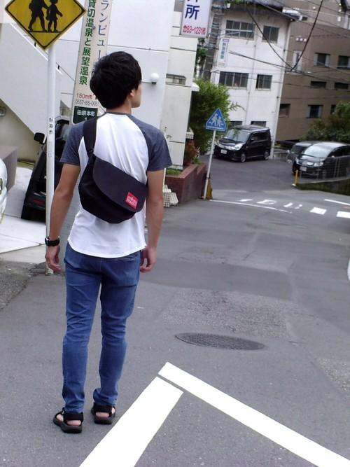 ラグランTシャツ×デニム