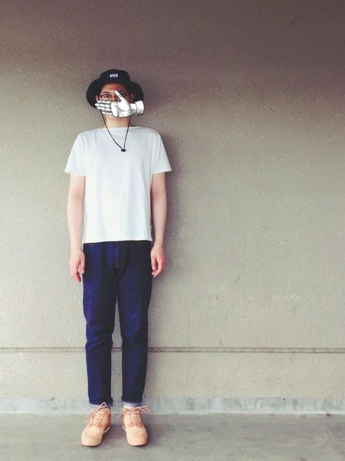 白T×濃紺デニム