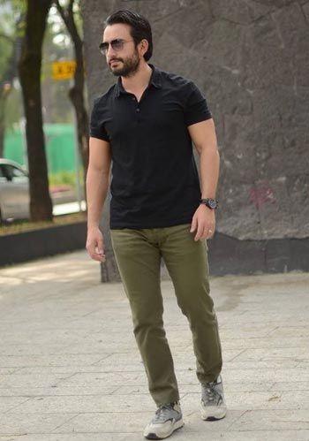 黒ポロシャツ コーデ