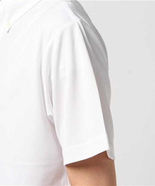 白ポロシャツ