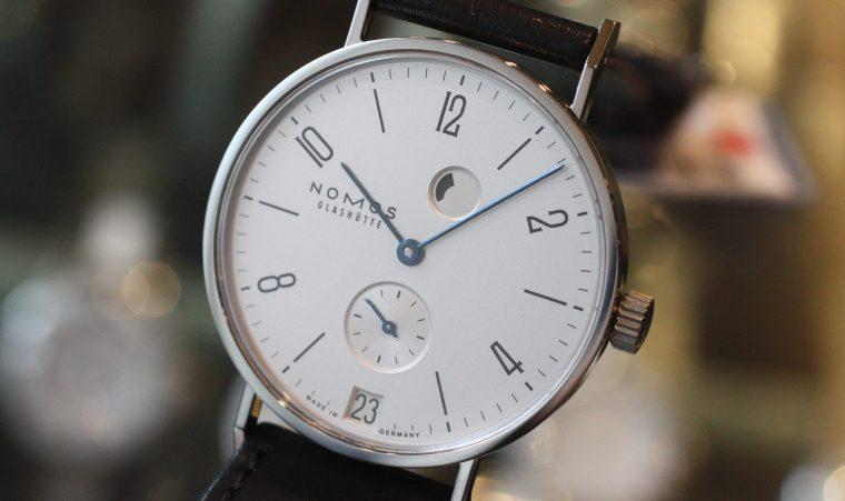 nomos ノモス 時計