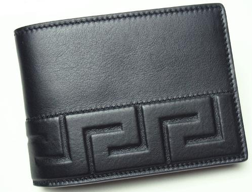 立体グレカ柄ブラックレザー二つ折り財布 versace
