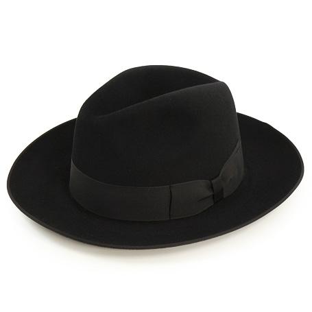 17 CA4LA 20TH ST JAMES LOCK HAT