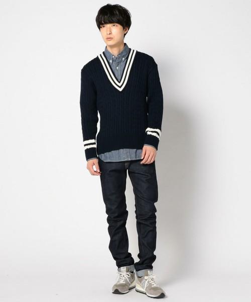 クリケットセーター×シャツ×デニム コーデ