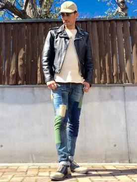ライダースジャケット×白ニット×デニム×サドルシューズ コーデ