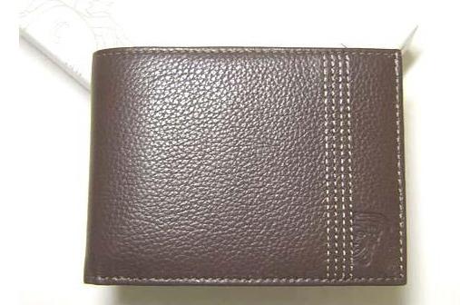 ソフトカーフ二つ折り財布 versace
