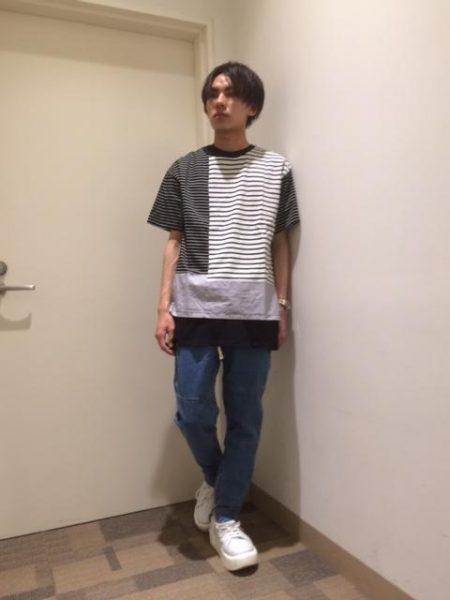 パネルボーダー Tシャツ コーデ