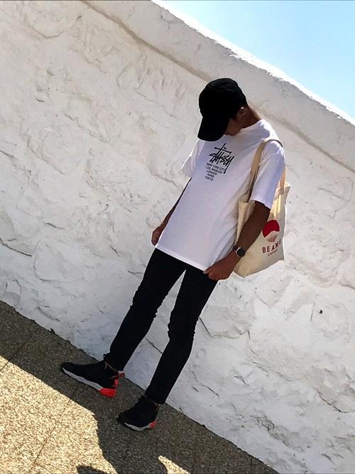STUSSY Tシャツ コーデ
