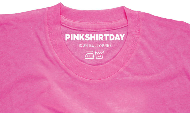 ピンクTシャツ