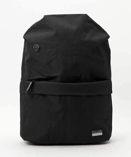 THE SEAMLESS 600 SERIES BACKPACK