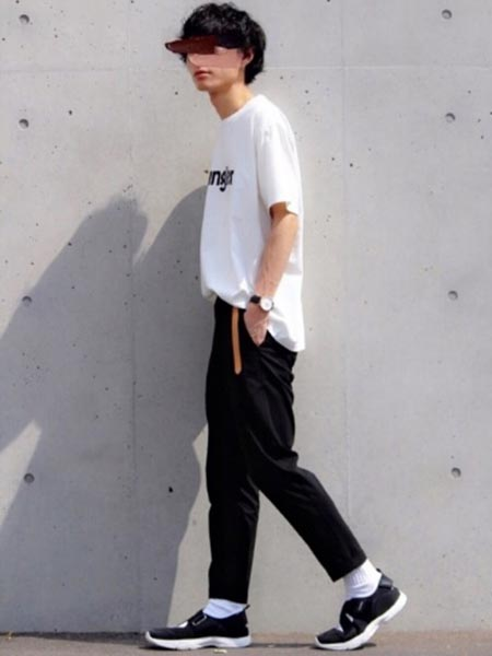 Wrangler Tシャツ コーデ