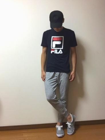 FILA Tシャツ コーデ