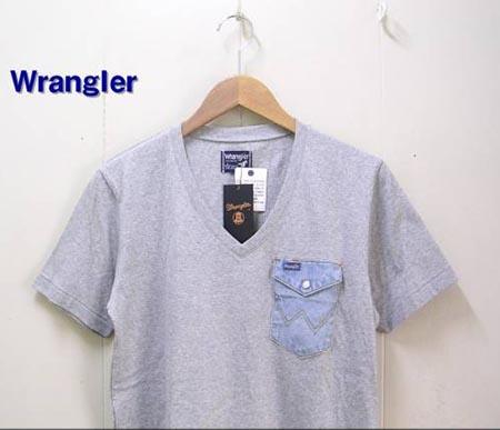 ポケットVネックTシャツ