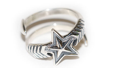 Double Large Arrow Medium Star Ring