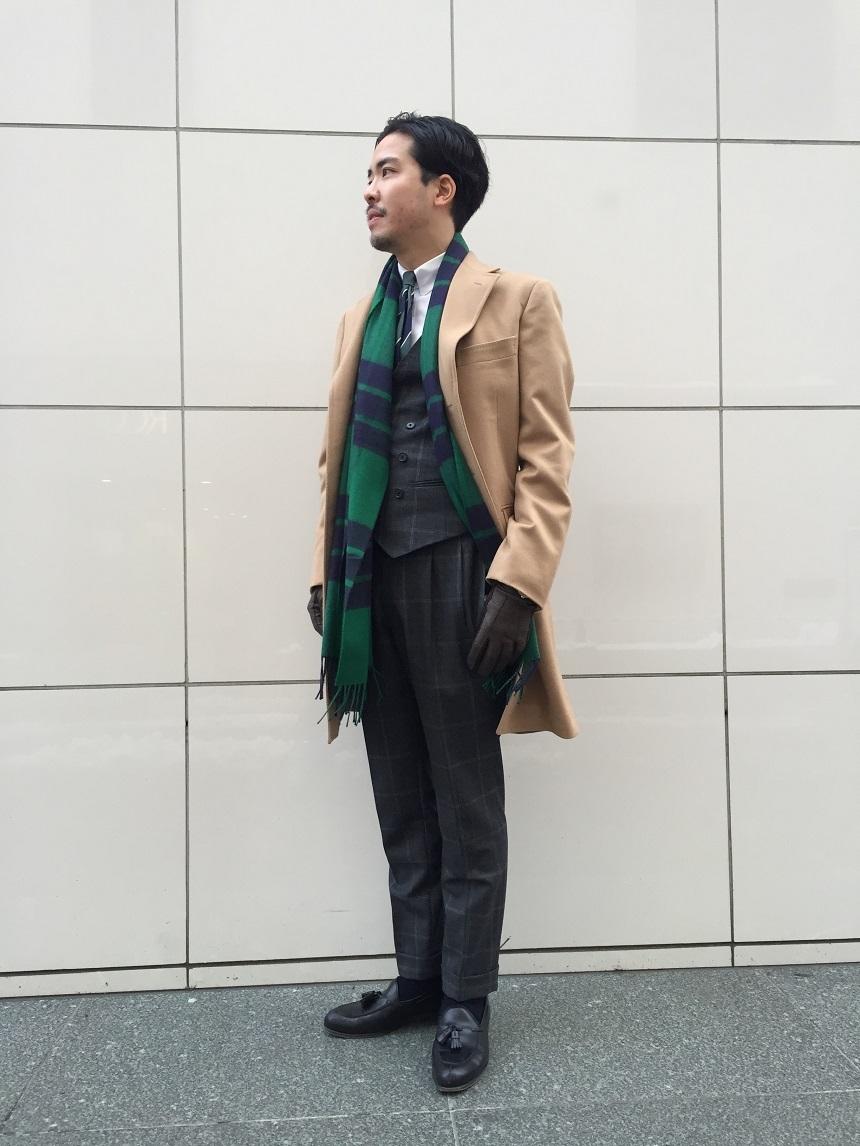 スーツ マフラー コーデ