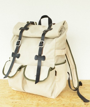 WAXED CANVAS/ROLL-TOP DAYPACK