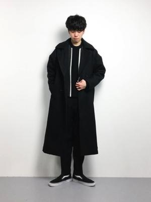 黒チェスターコート モードスタイル