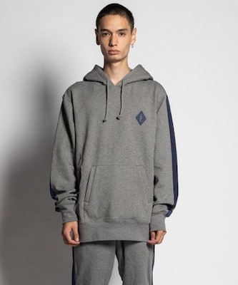 HOODIE WITH LINE