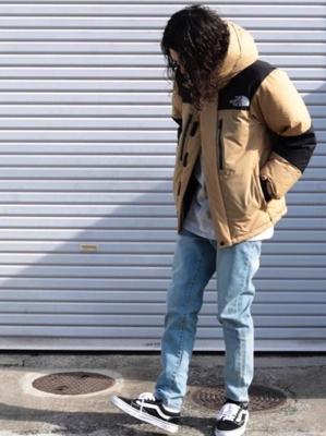 バルトロライトジャケット コーデ