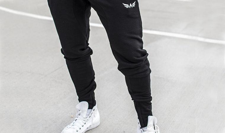 黒スウェット パンツ