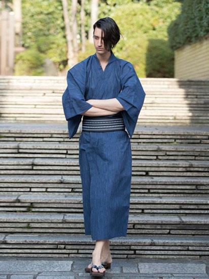 青浴衣×紺織柄帯
